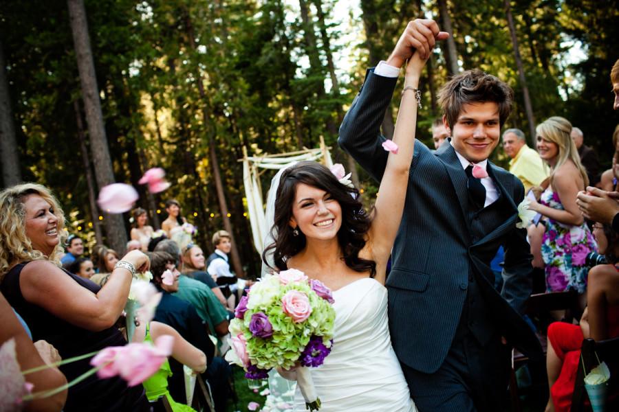 06-lake-tahoe-wedding-photos-aaron-sheela