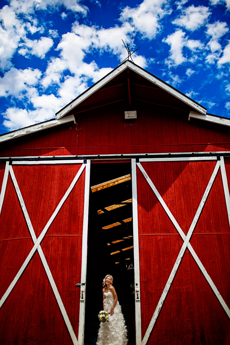 001-barn-wedding