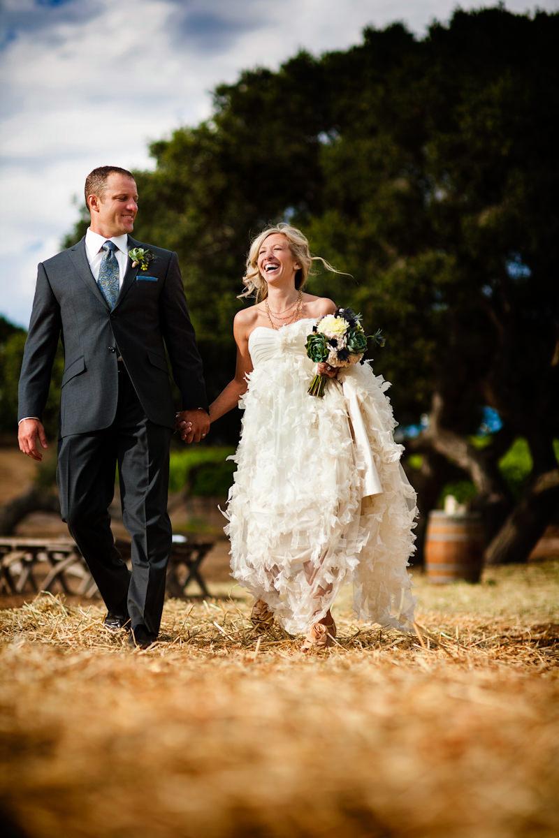 004-barn-wedding
