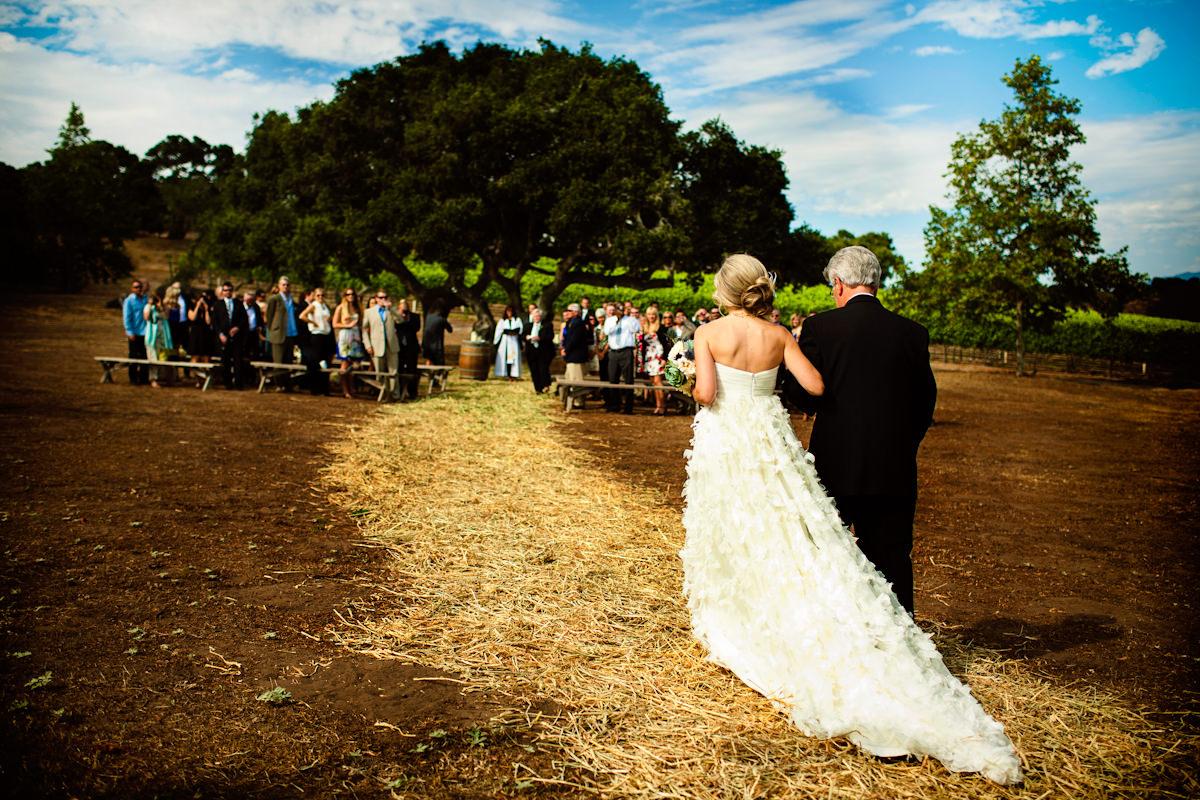 010-barn-wedding