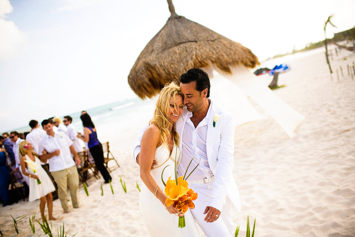 013-beach-wedding