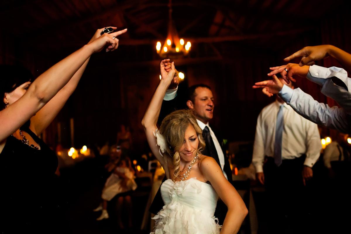 035-barn-wedding