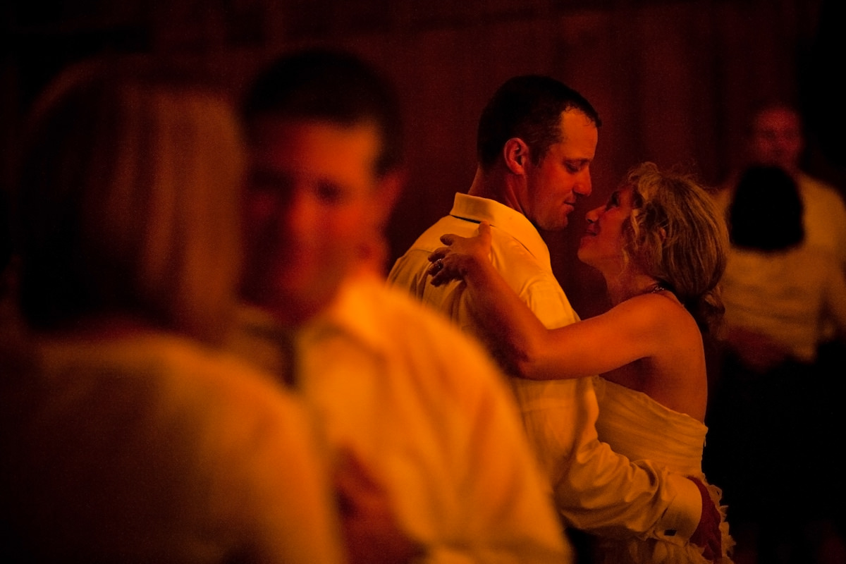038-barn-wedding