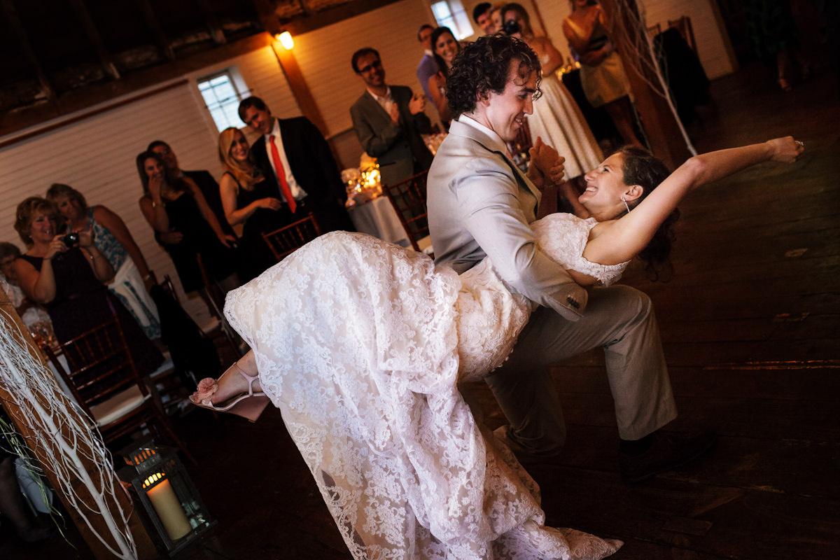 049-barn-wedding