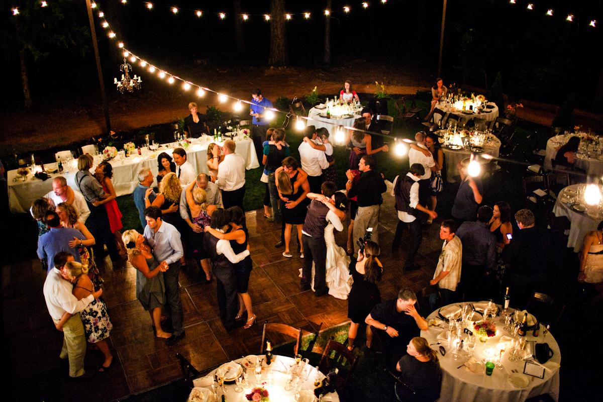 053-outdoor-wedding-photos