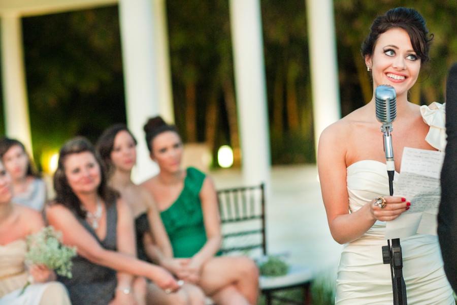 105-outdoor-wedding-photos