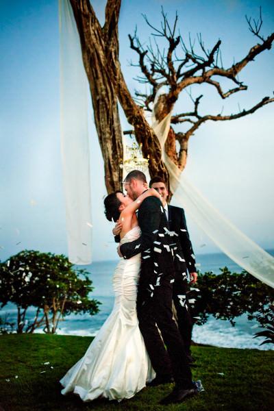 111-outdoor-wedding-photos