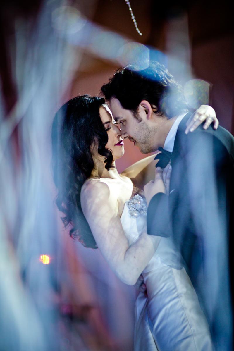 13_winter-wedding-photos