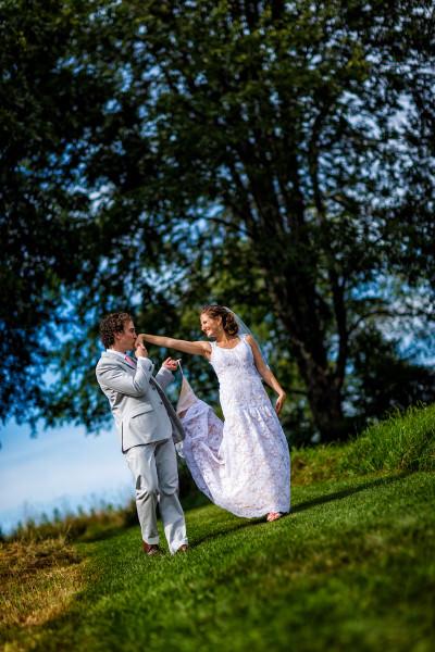 165-outdoor-wedding-photos