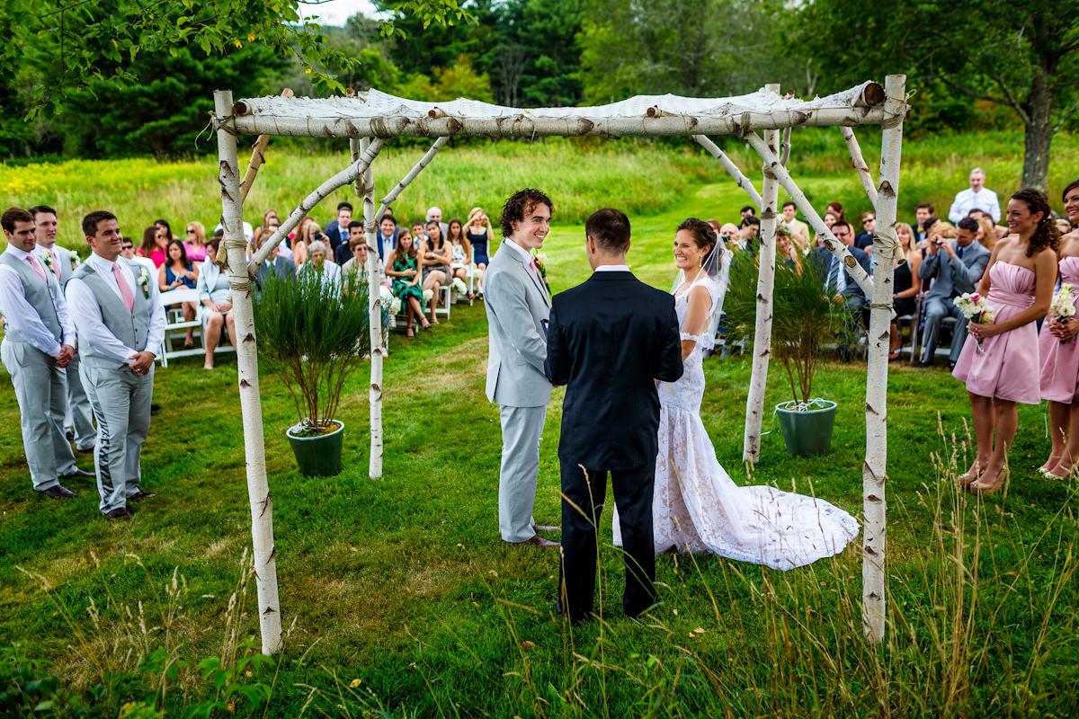 167-outdoor-wedding-photos