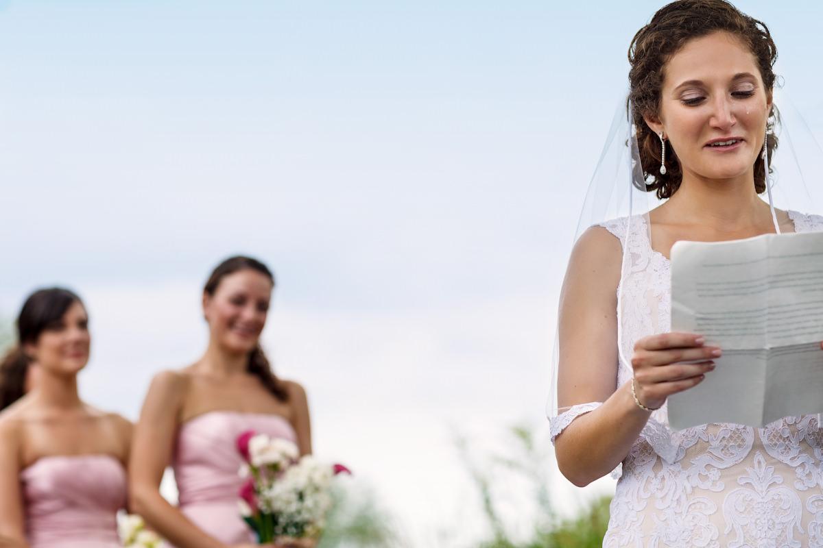 170-outdoor-wedding-photos