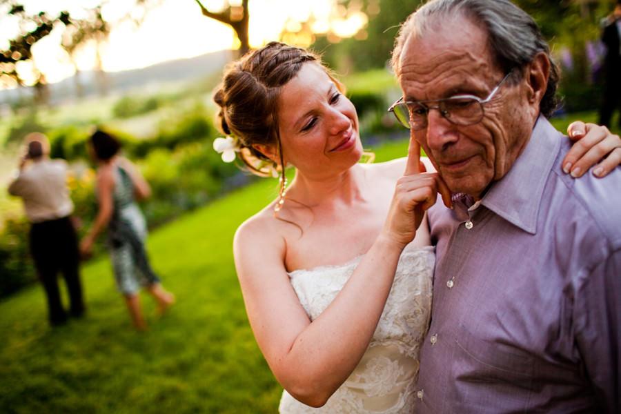 28_vineyard-wedding-photos