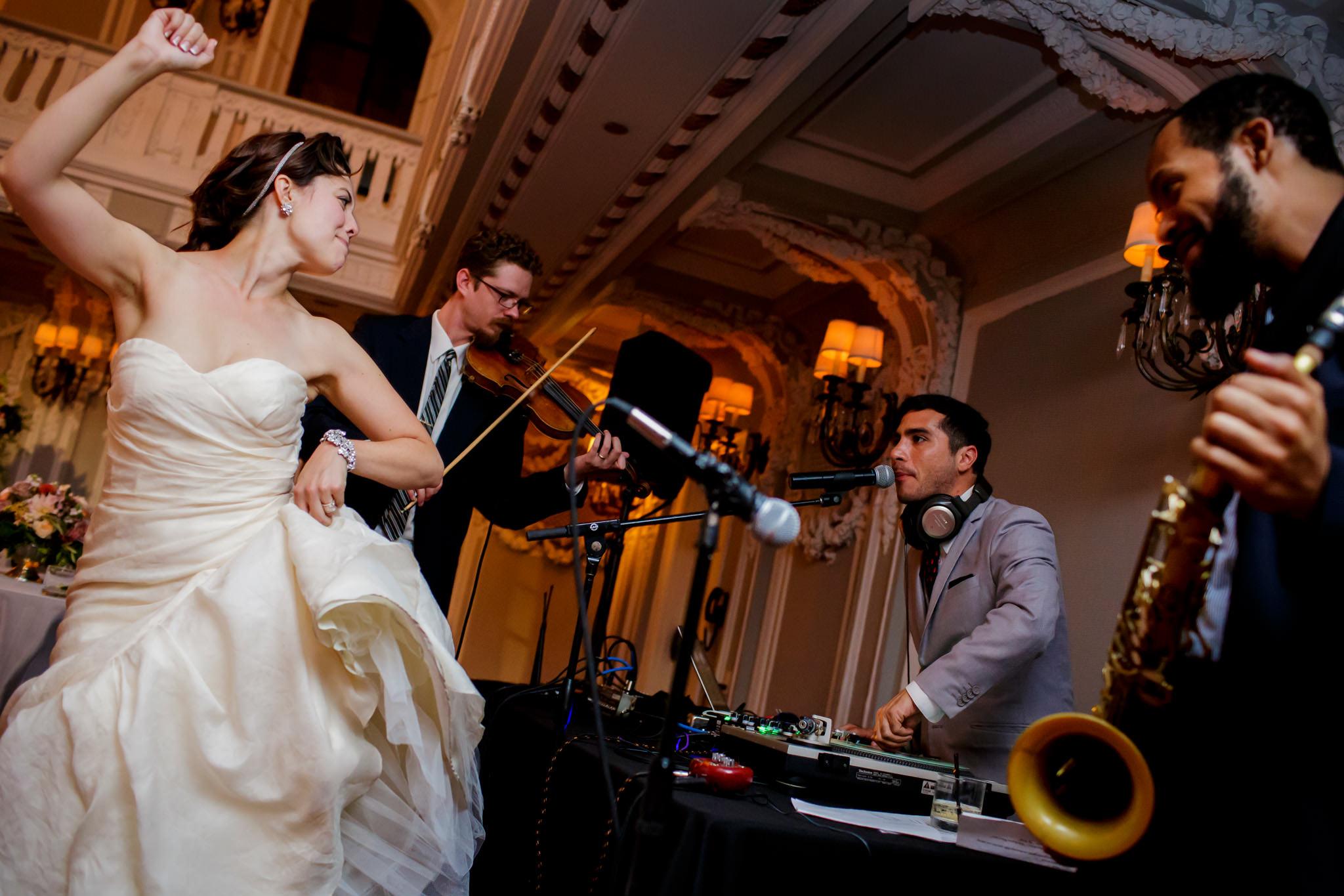 31-elena-david-renaissance-blackstone-chicago-wedding