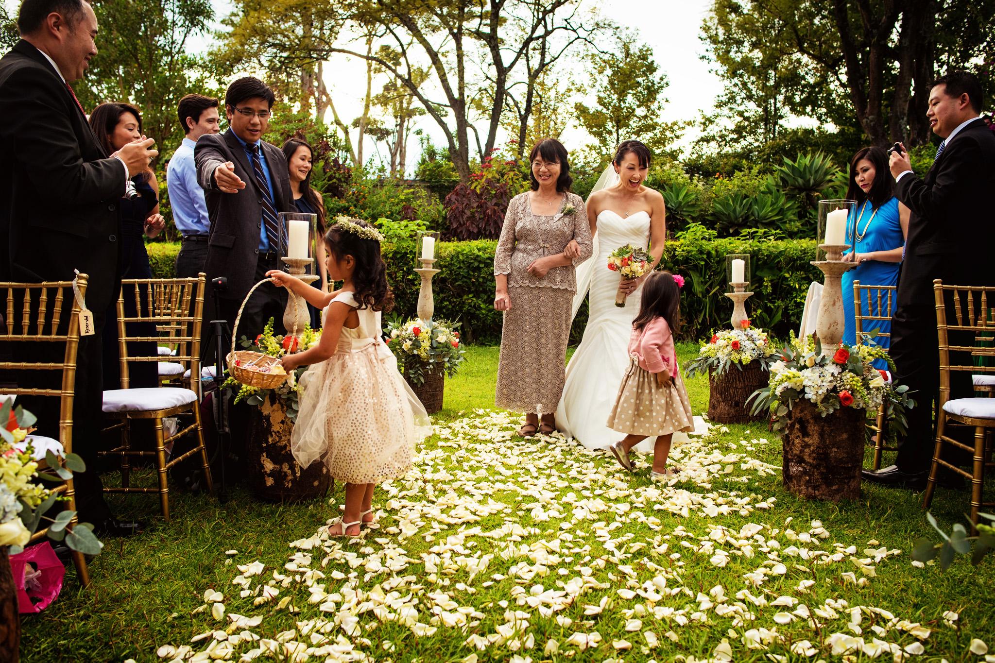 17-crystal-richard-antigua-guatemala-wedding-capuchinas-san-jose-el-viejo