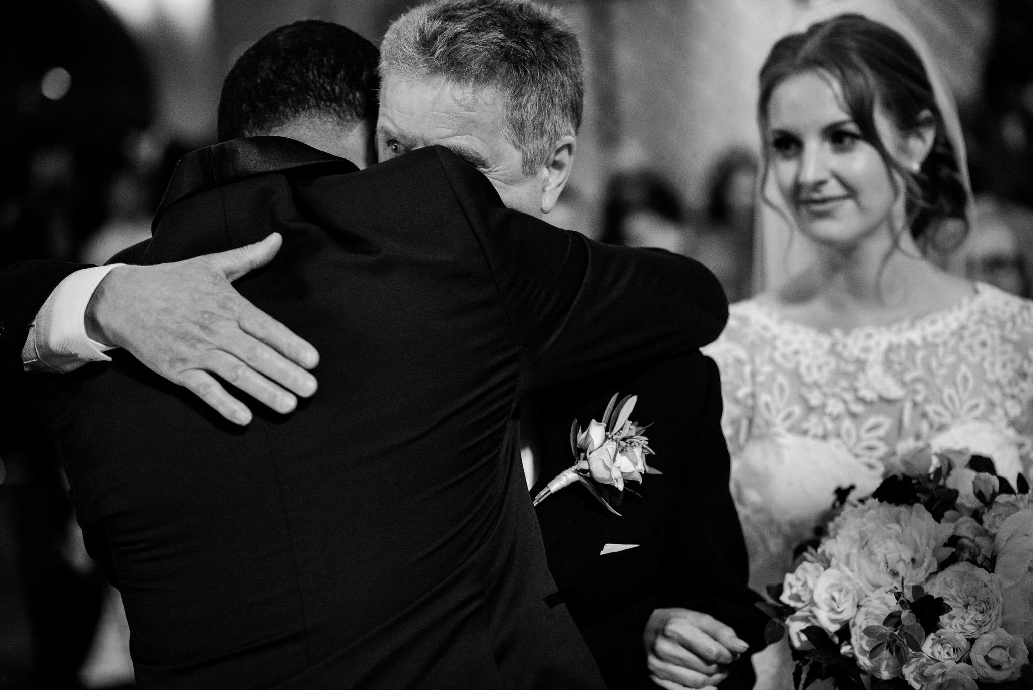 16-robyn-andy-chalk-hill-estate-wedding