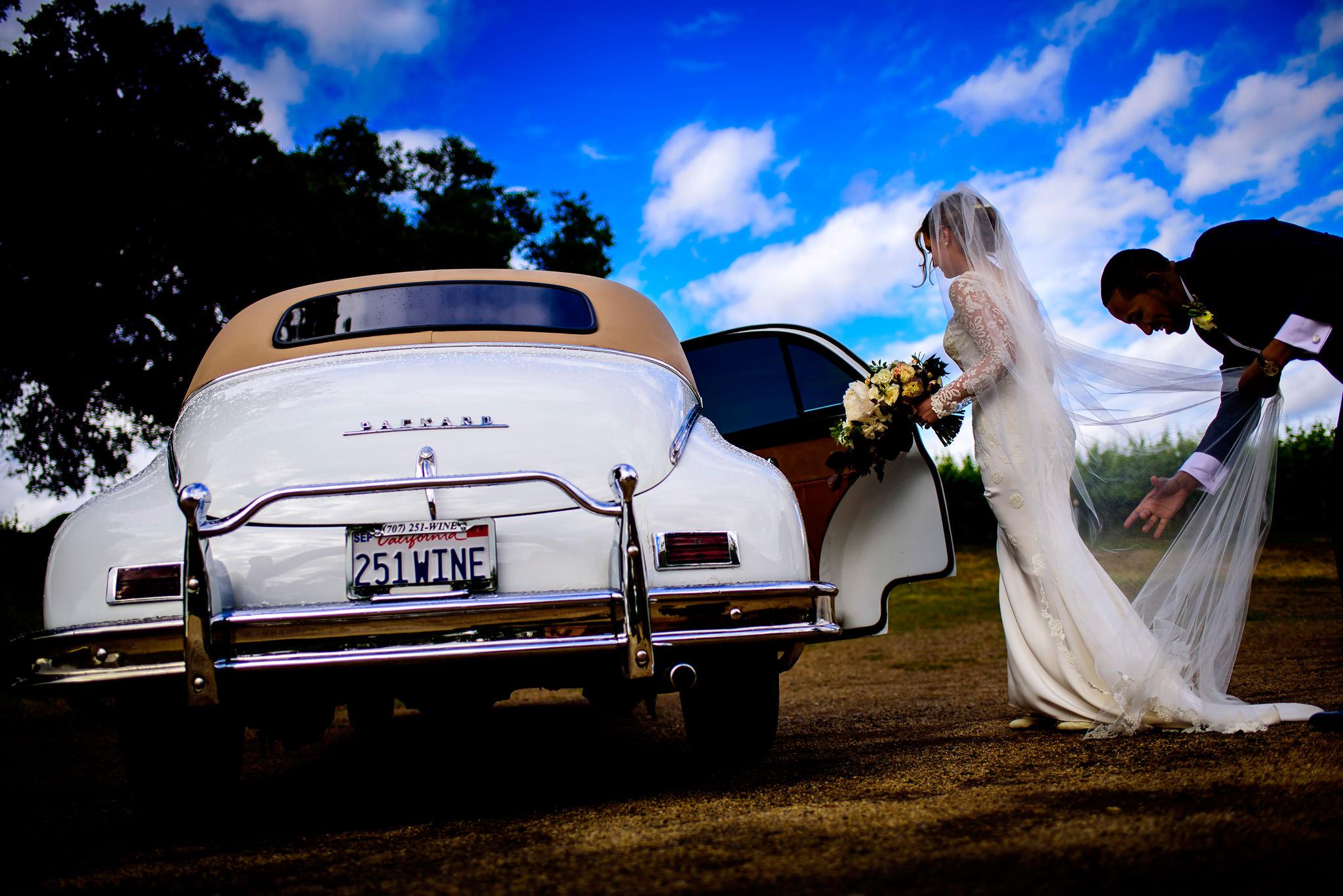 30-robyn-andy-chalk-hill-estate-wedding