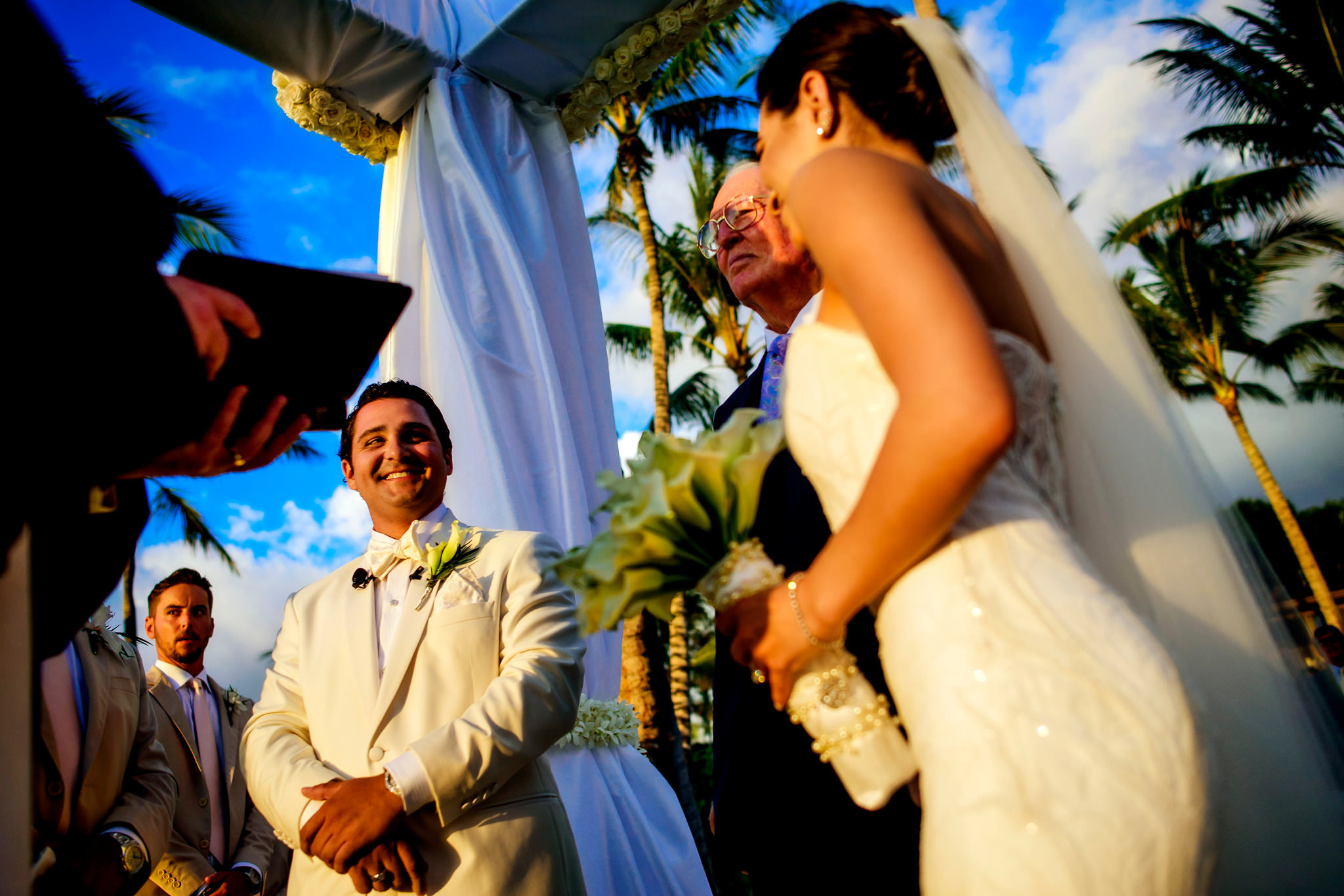 22-ashley-conner-four-seasons-resort-hualalai-wedding