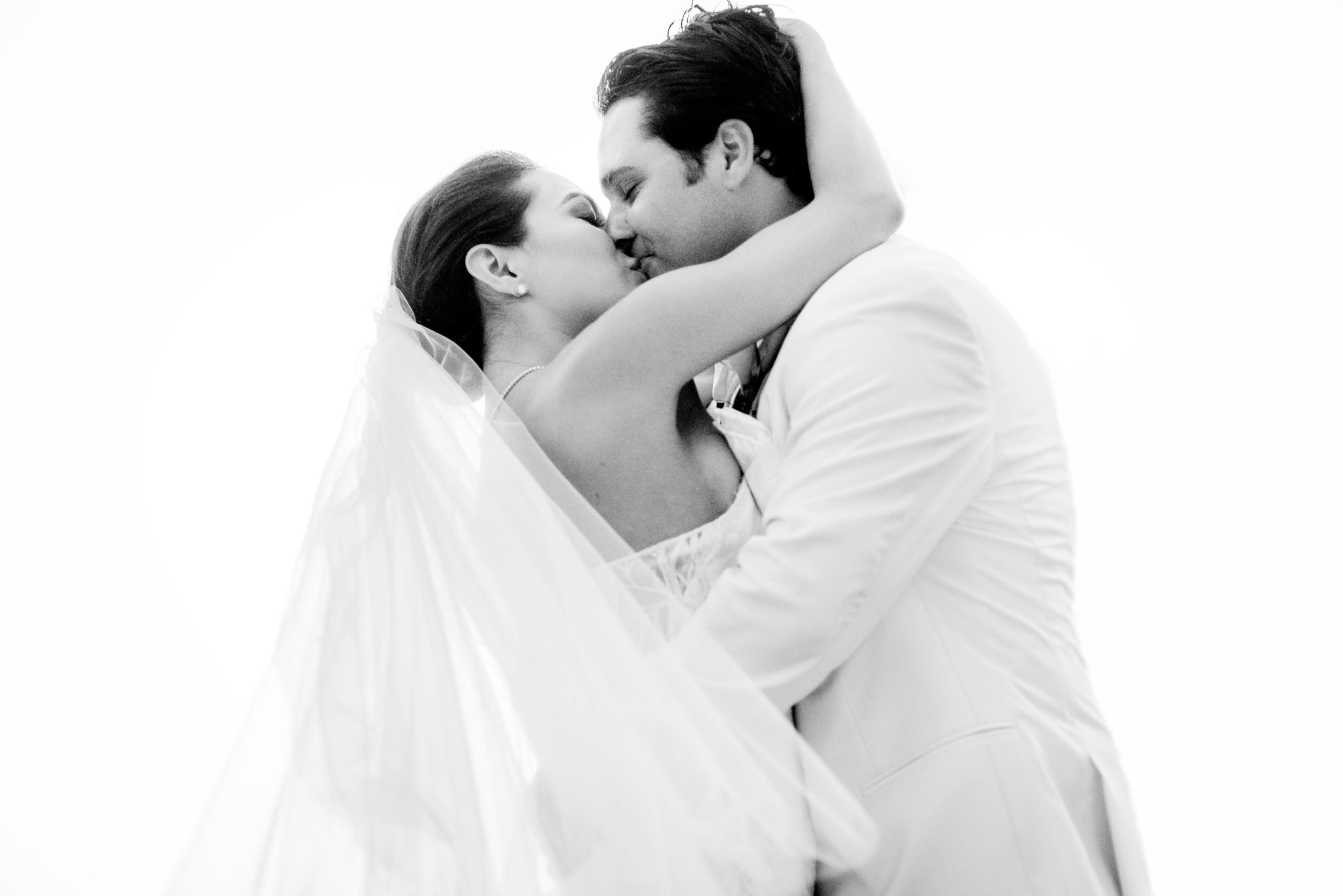 25-ashley-conner-four-seasons-resort-hualalai-wedding