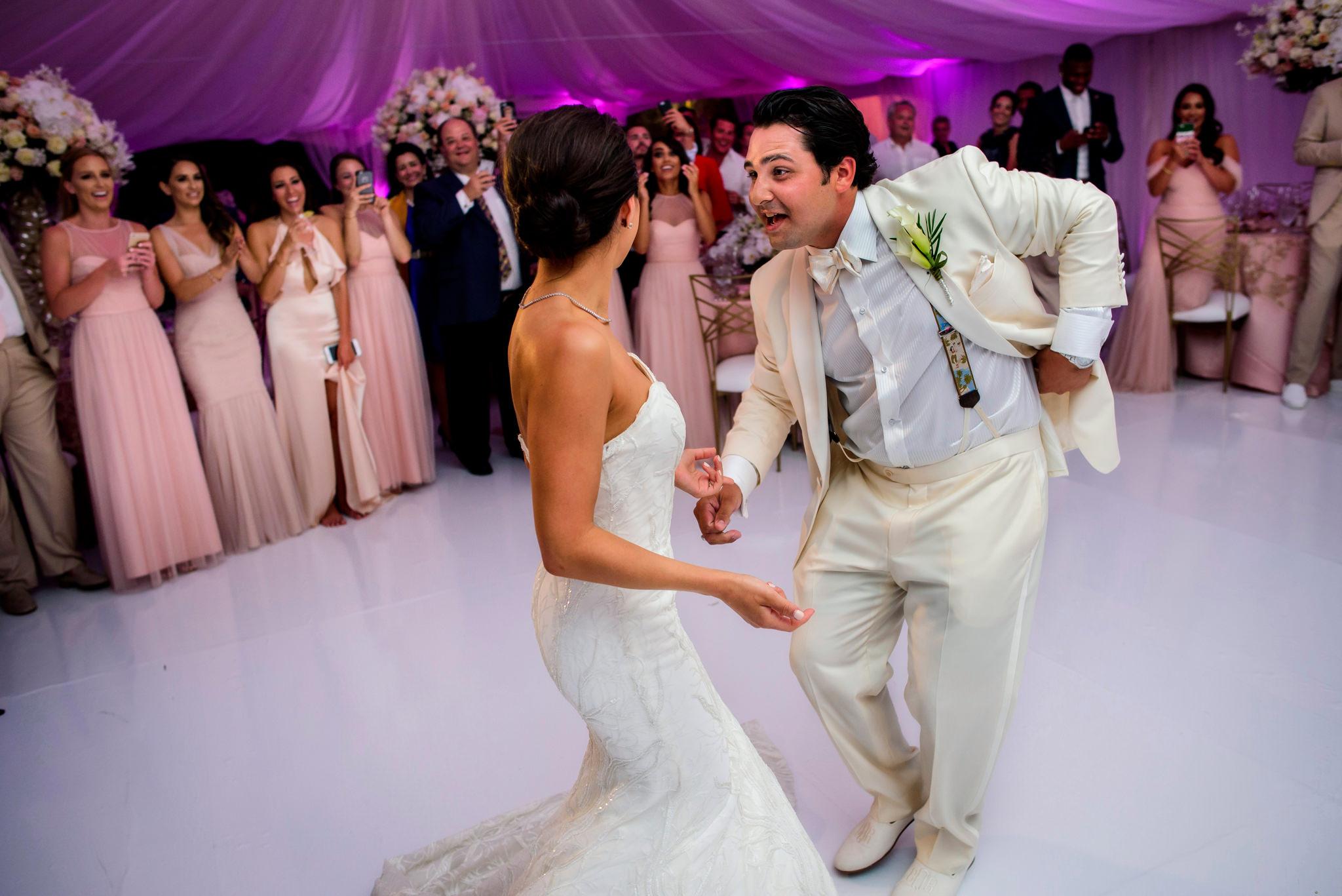 30-ashley-conner-four-seasons-resort-hualalai-wedding