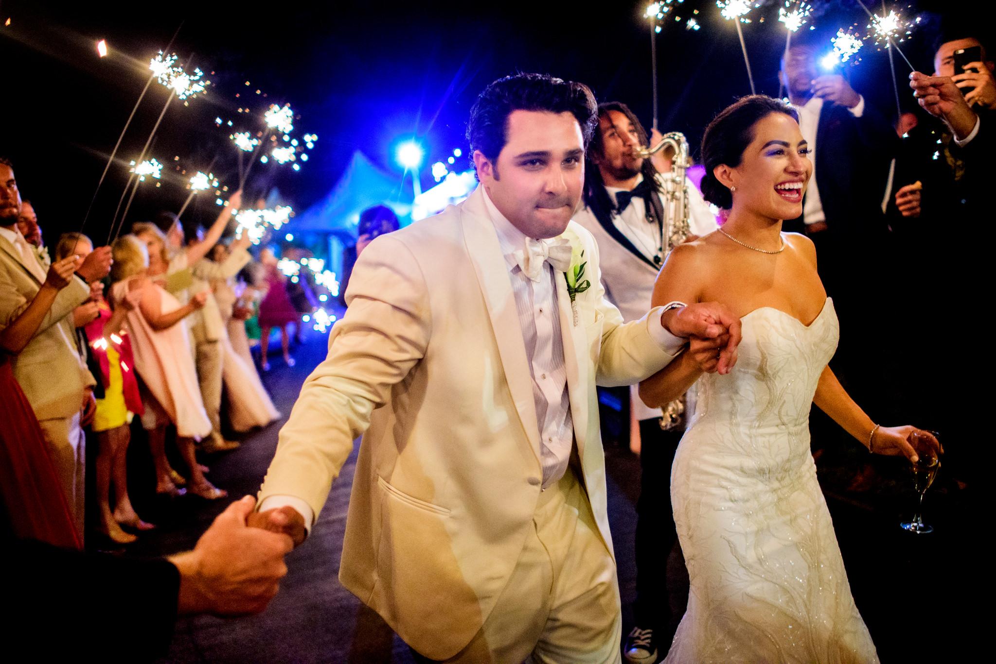 36-ashley-conner-four-seasons-resort-hualalai-wedding