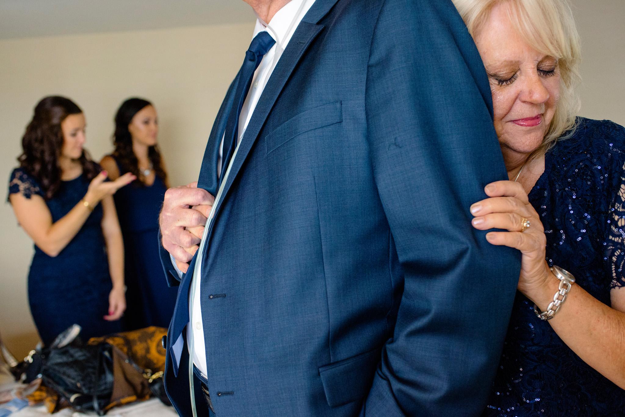07-sarah-michael-coeur-dalene-wedding-hagadone-event-center