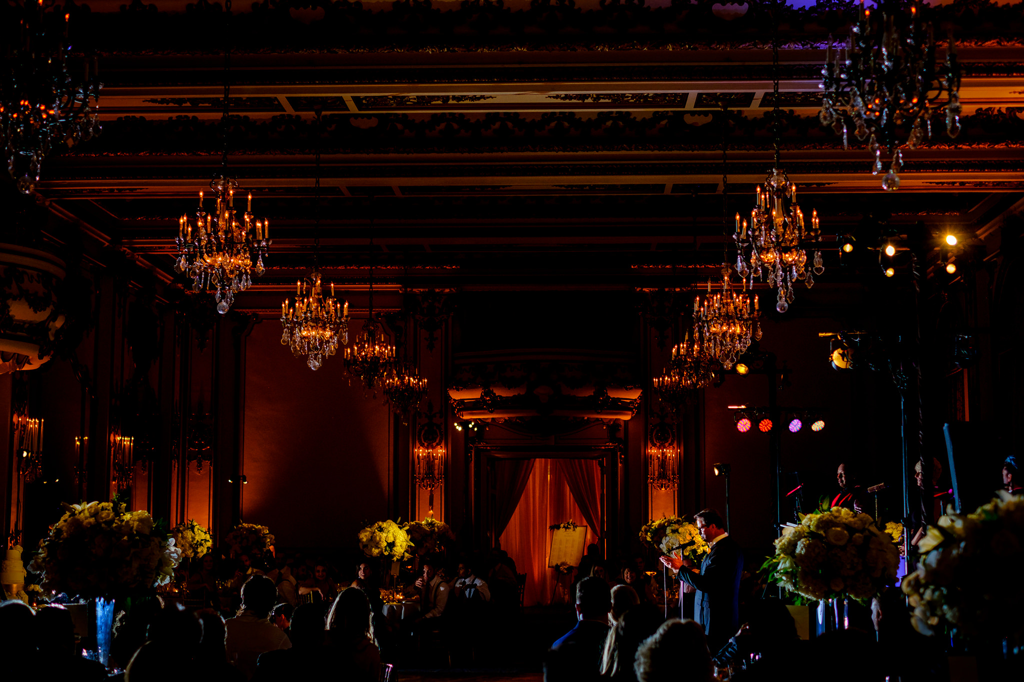 39-sarah-trey-sf-wedding-at-grace-cathedral-and-the-fairmont